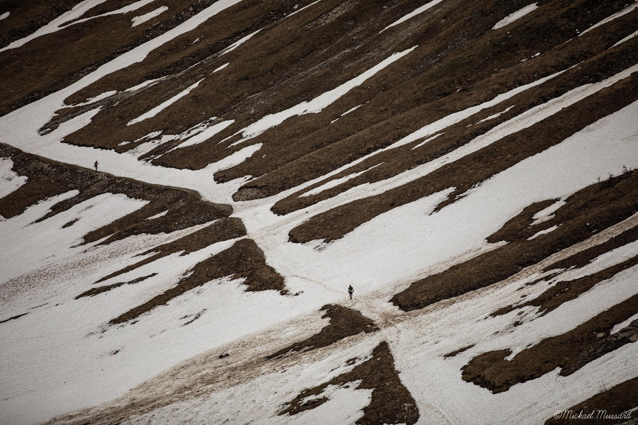 Photo de trail : Maxi-Race dans la neige (c) Mickael Mussard Photographe
